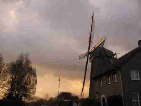 Bernard Preston visits a windmill in Limburg.