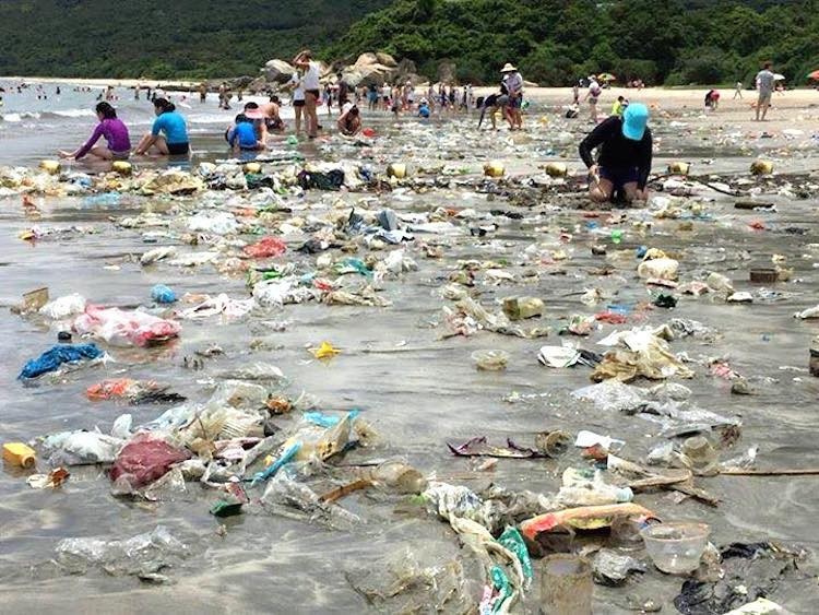 Wean off plastic is a subject close to Bernard Preston's heart after seeing the pollution on this beach.