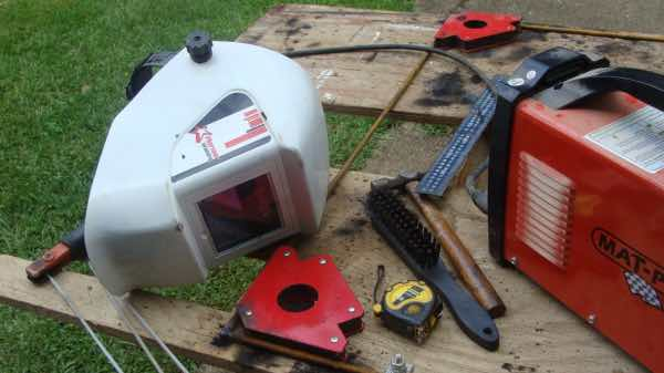 Basic welding equipment is important for the lover of a green home.