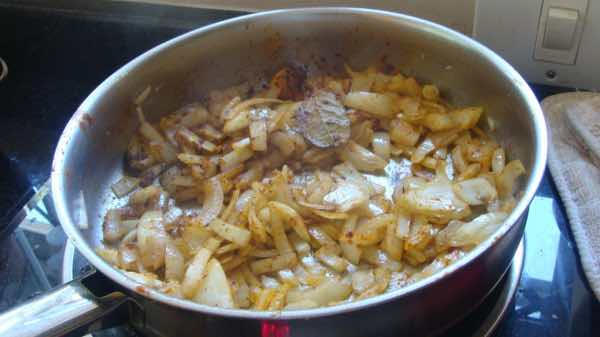 Bobotie, onions and spices