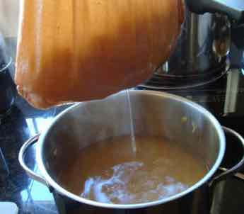 Lime marmalade straining.
