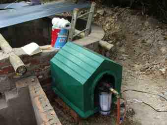 Solar reservoir pump