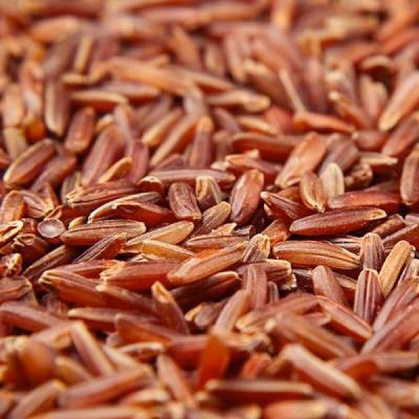 Photograph of red yeast rice.