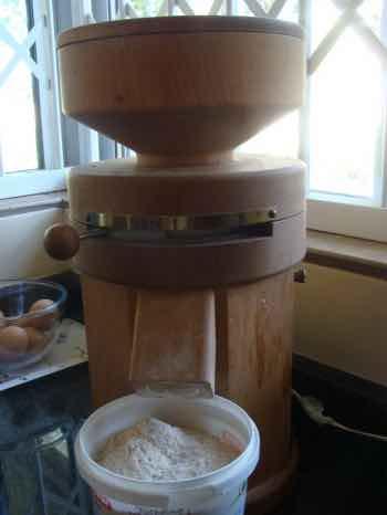 100% wholemeal flour